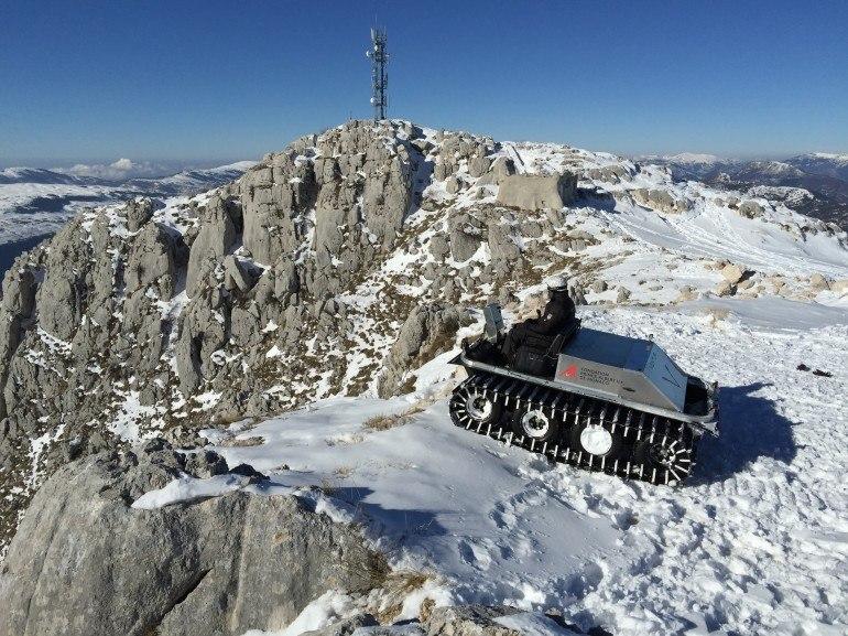 Прототип электрического транспортного средства в Антарктиде