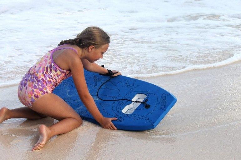 Snorkelboard - можно наблюдать за рыбами, не опуская голову в воду