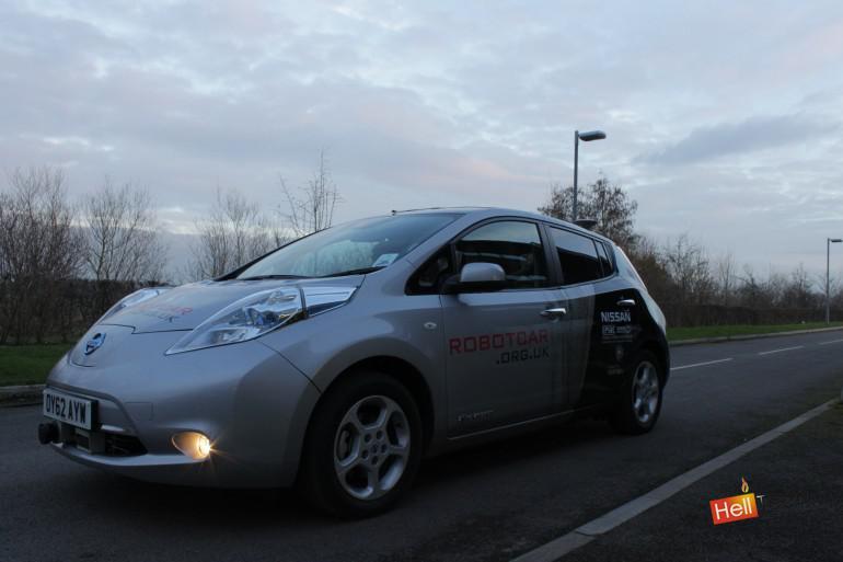 Автономные автомобили появятся  на дорогах Великобритании к концу года.